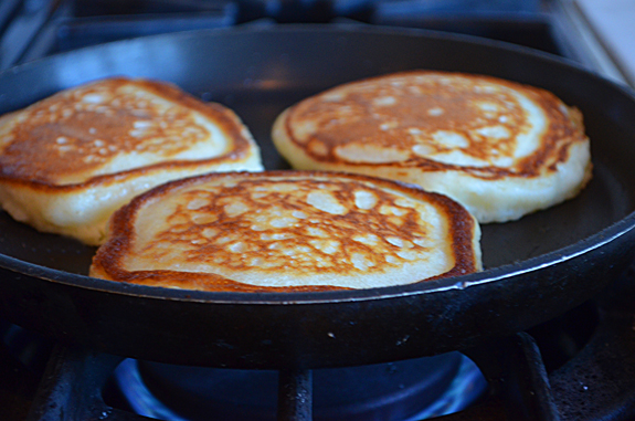 cooking-pancakes-second-side