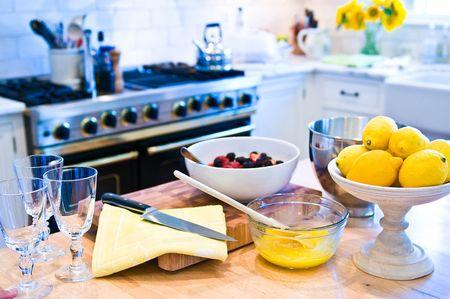 Lemon berry parfaits