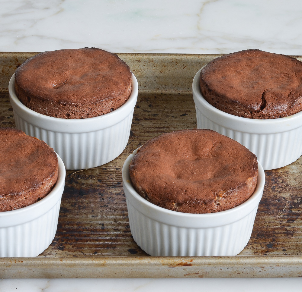 baked molten chocolate cakes