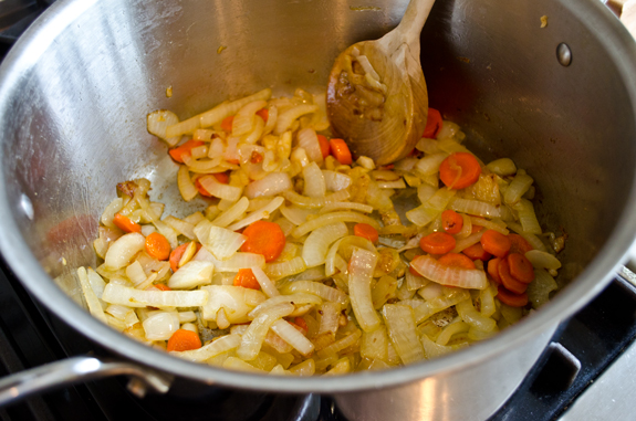 cooked-garlic-carrots-and-onions