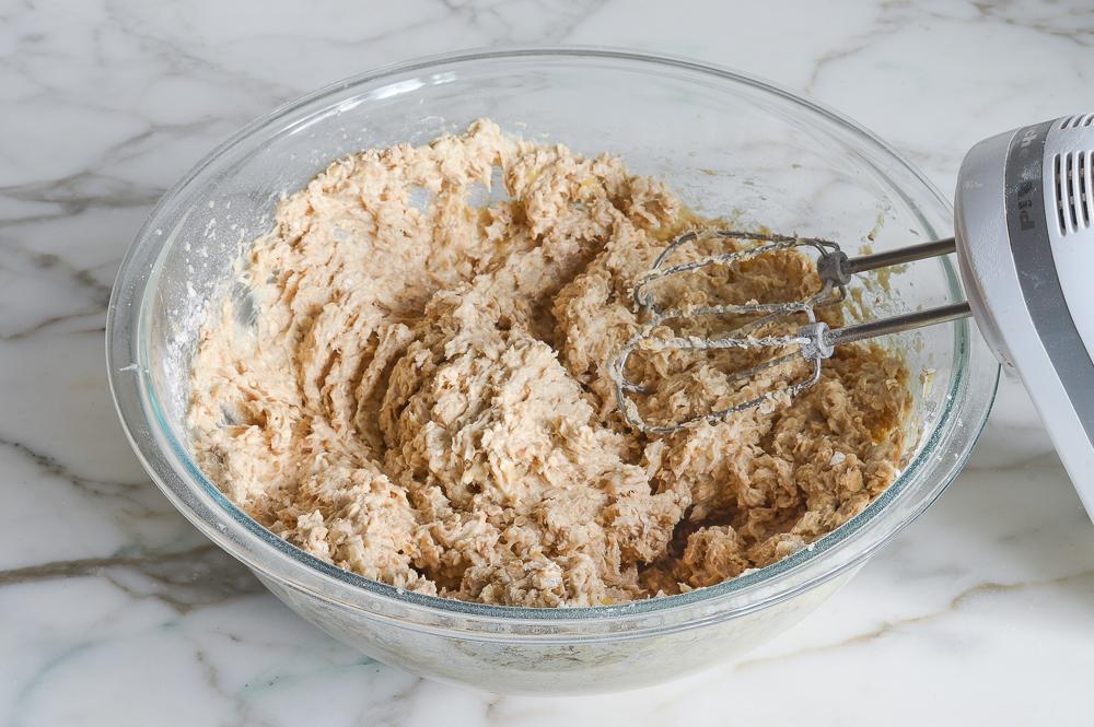 banana oatmeal cookie batter
