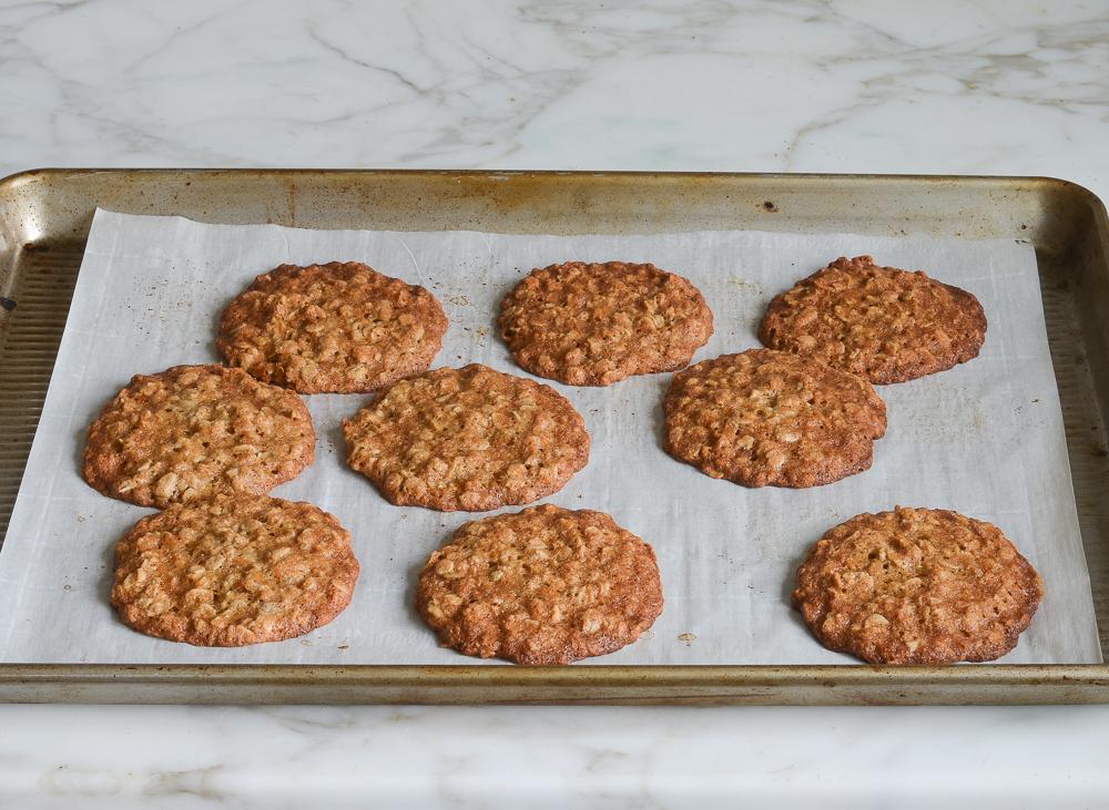 baked banana oatmeal cookies