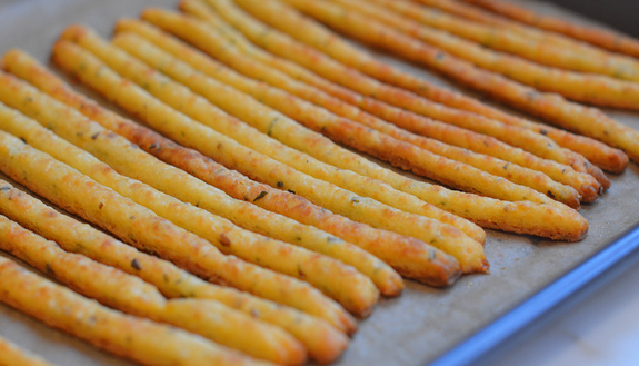 baked-cheese-straws
