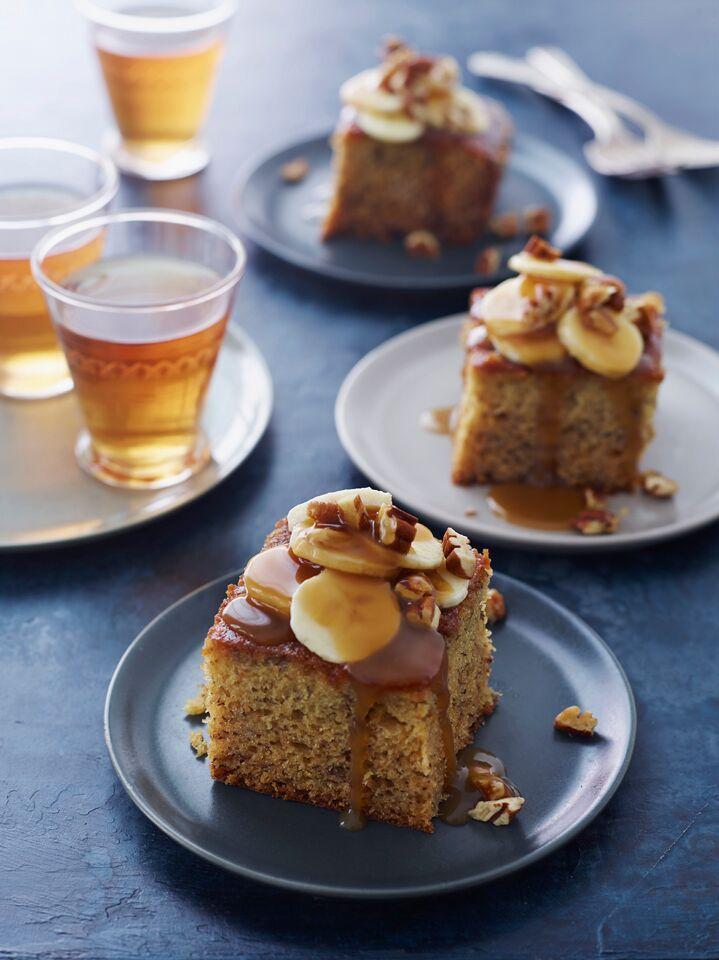 sticky toffee banana cake