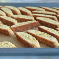 how to make almond biscotti