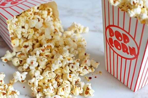 spicy-italian-popcorn
