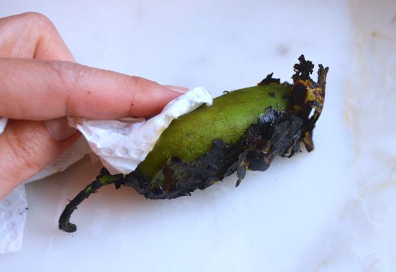peeling-jalapeno