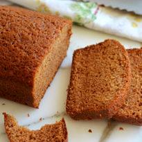 Honey & Spice Cake