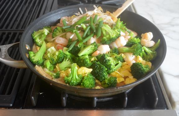 adding-shrimp-and-broccoli
