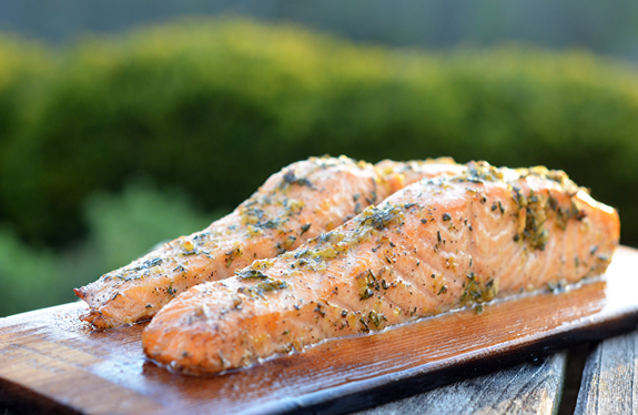 Cedar-Plank-Salmon-with-Lemon-Garlic-and-Herbs-1