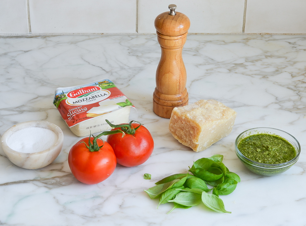 ingredients for pesto pizza