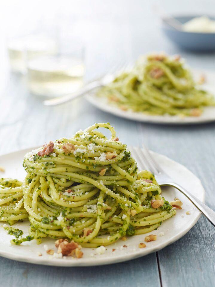 Spaghetti with Kale & Walnut Pesto