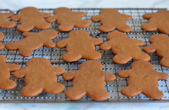 cooling-gingerbread-men