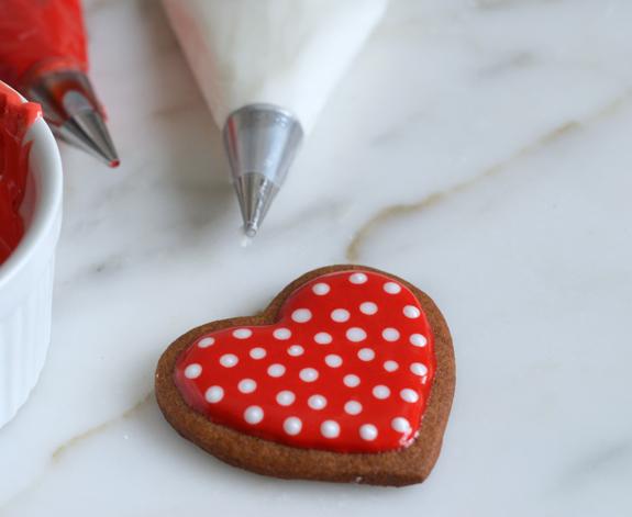 polka-dot-heart