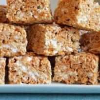 Chewy, Gooey Golden Rice Krispies Treats