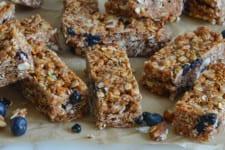 Almond, Blueberry & Date Granola Bars
