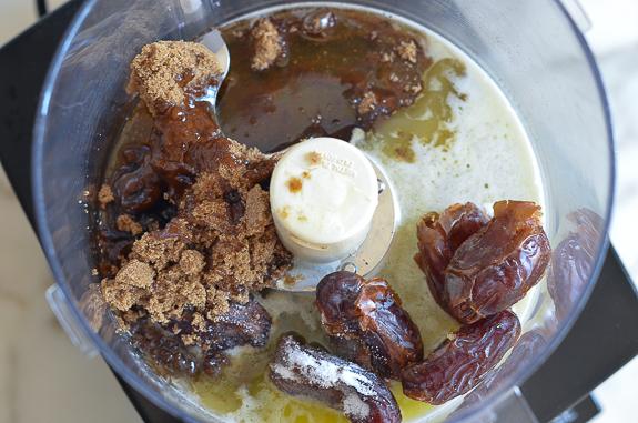 Almond Date Blueberry Granola Bars-3