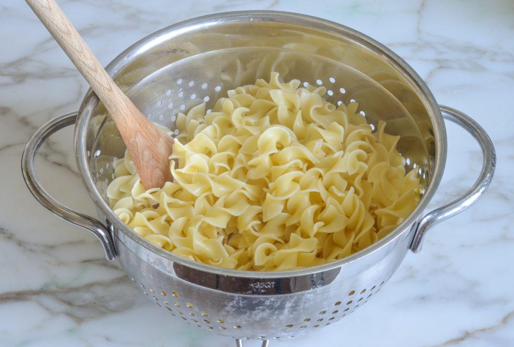 how to make noodle kugel